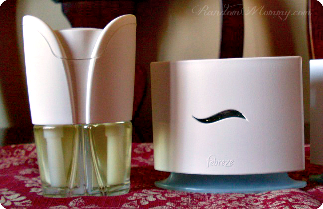 Febreze Set & Refresh and Noticeables warmer